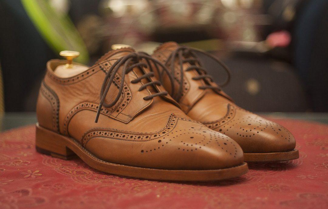 Derby Schuhe – vielseitig und extravagant!