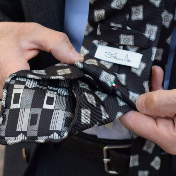 Stefano Cau – handgefertigte Krawatten aus Italien